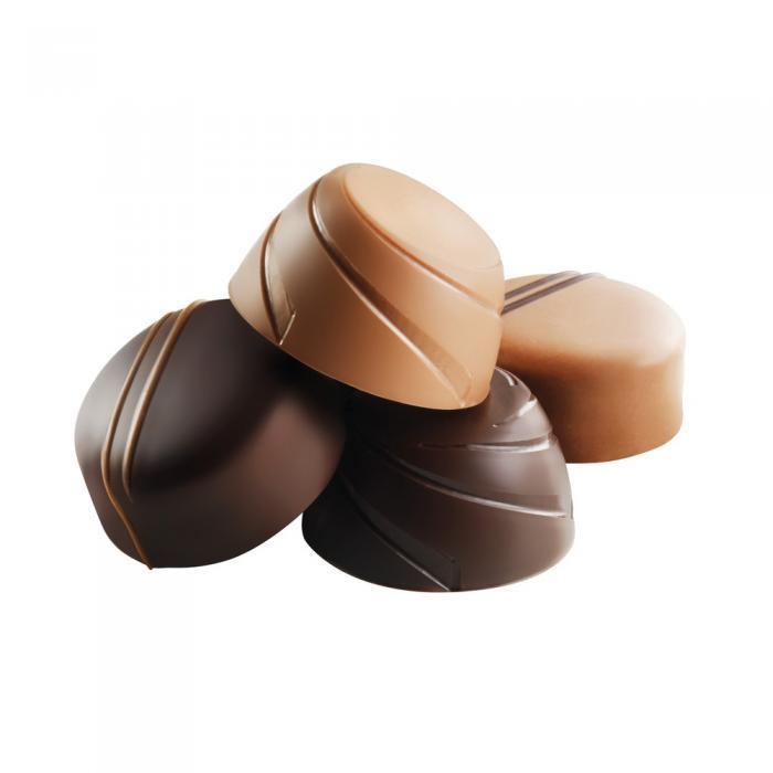 cofanetto 16 cioccolatini fini al latte e fondenti di valrhona